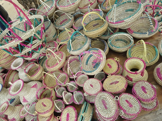 handicrafts-624940_640
